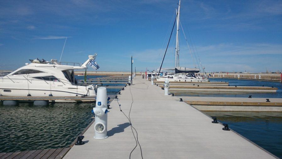 Raskaan sarjan ponttonit Haven Kakumäe Andry Prodel +372 5304 4000 andry@topmarine.ee
