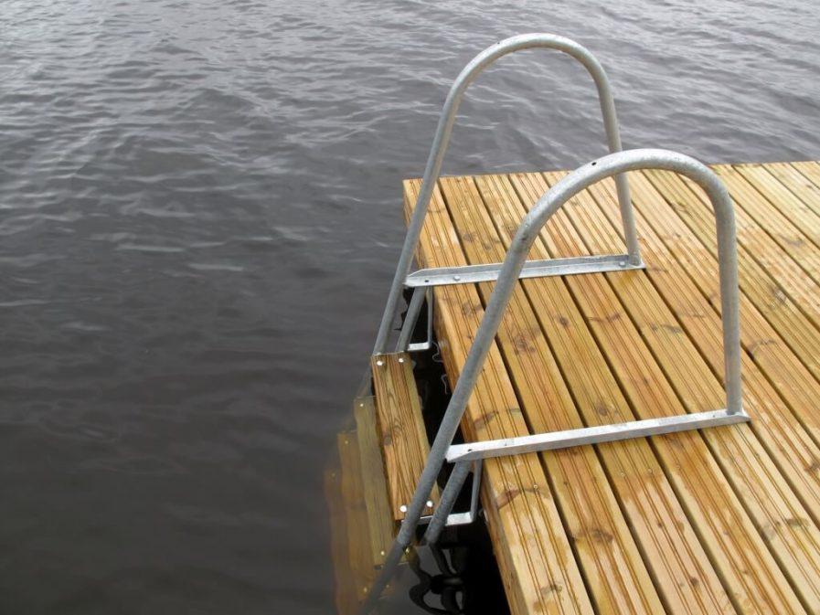 Uimatikkaat Kuremaalla Andry Prodel +372 5304 4000 andry@topmarine.ee