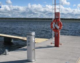 Pelastusvälinepylväs www.TMlaiturit.fi info@tmlaiturit.fi +358 9 2316 1050